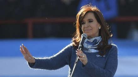 Cristina Fernández niega haber recibido sobornos y denuncia