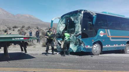 Turistas alemanes resultaron heridos en accidente en Arequipa