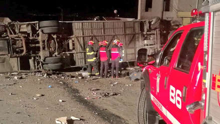 Accidente de bus internacional deja al menos 23 muertos y 20 heridos en Ecuador