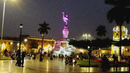 Culminan trabajos de iluminación de monumento a La Libertad