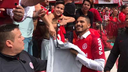 Paolo Guerrero fue presentando como una estrella en el Inter de Porto Alegre