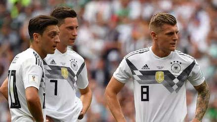 Tensión en Alemania: Toni Kroos arremetió contra Mesut Özil