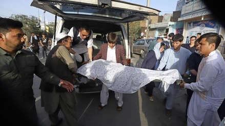 Medio centenar de muertos en un ataque suicida a una escuela de Kabul