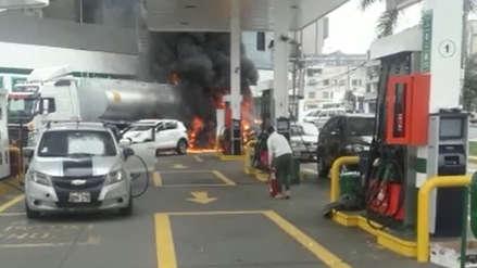 Video | El momento en que se inició el incendio de camión cisterna en la avenida Brasil