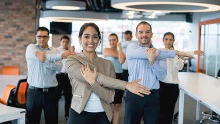 Gimnasia laboral: conoce qué puedes hacer para ejercitarte en la oficina
