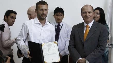 Horacio Calcaterra dijo esto cuando recibió la nacionalidad peruana