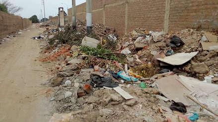 Exigen recoger basural en la urbanización La Perla en Trujillo