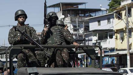 Al menos cinco muertos en operación de las Fuerzas Armadas en Río de Janeiro