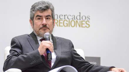Ministro Rogers Valencia: