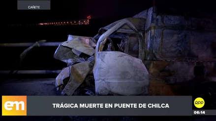Una camioneta chocó y explotó en Chilca: dos personas murieron calcinadas