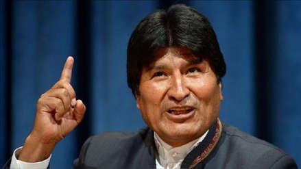 Evo Morales propone ley que sancione al