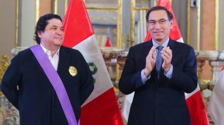Gastón Acurio recibió el Grado de Gran Cruz en nombre de
