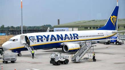 Ryanair cobrará por las maletas de mano a partir de noviembre