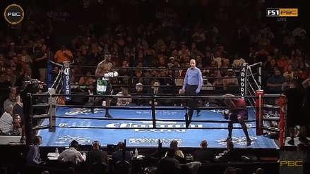 Un boxeador se niega a pelear y abandona el ring en el primer segundo