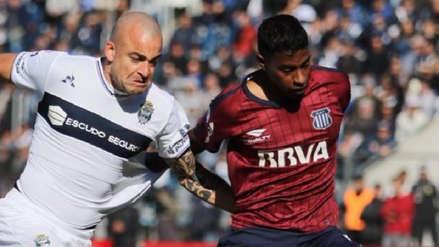 Miguel Araujo fue elogiado por la prensa argentina tras su debut con Talleres