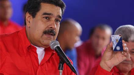 Maduro lanza un plan de ahorro en medio de la crisis: venderá láminas de oro a los venezolanos