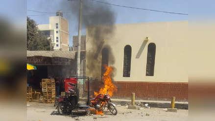 Vecinos de José Leonardo Ortiz quemaron mototaxi de delincuentes