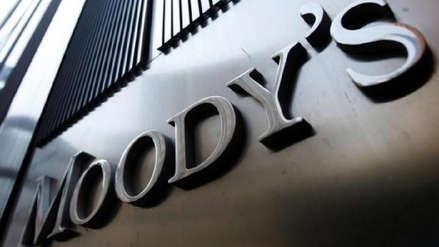 Moody's: Los desafíos que Perú debe enfrentar son la corrupción y las pugnas políticas