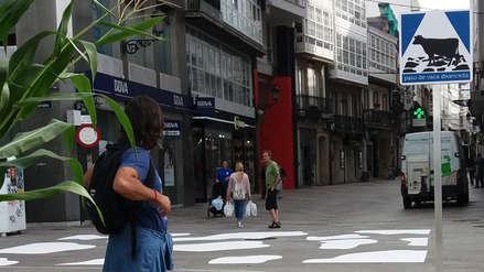 Una ciudad de España estrenó el primer 'paso de vaca' en un cruce peatonal