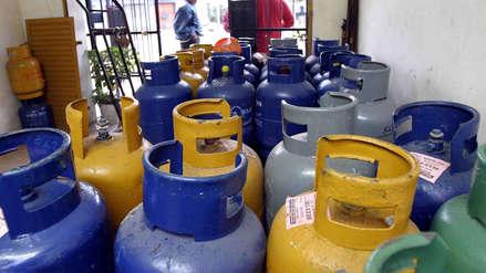 Precio del balón de gas sube en S/ 0.59 y del diésel vehicular en S/ 0.05 por galón, según Opecu