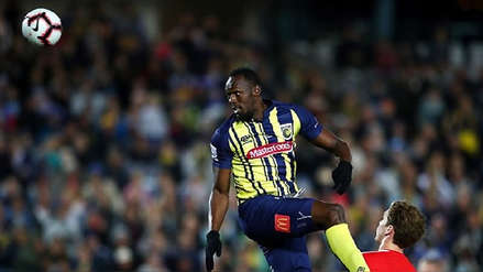 Usain Bolt cumplió su sueño y debutó como futbolista profesional
