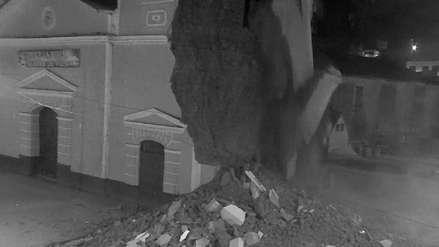 Video | El momento exacto del colapso de la torre de una iglesia en Cajamarca