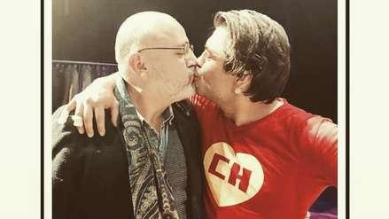 Pietro Sibille besa a Beto Ortiz y envía provocador mensaje a sus seguidores