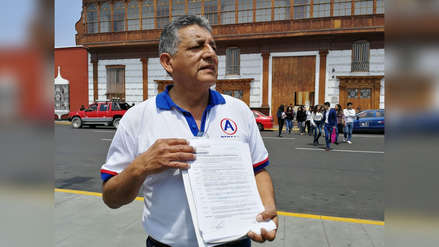 Cantante Tony Rosado denunciado por estafa a APP en Trujillo