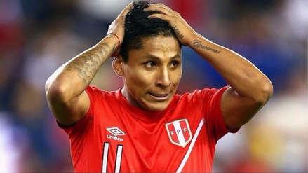 Raúl Ruidíaz sufrió una molestia y no terminó los entrenamientos