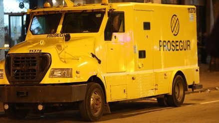 Robaron camión blindado frente al Congreso de Uruguay y se llevaron 183 mil dólares
