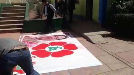 Cusco: Hallan propaganda electoral en oficina municipal de Santiago