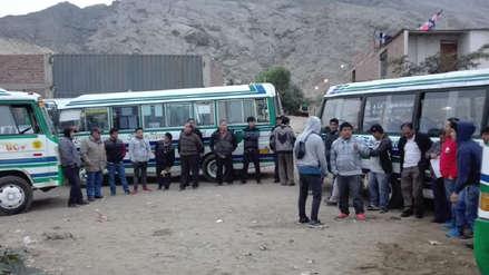 Transportistas paralizan en protesta contra directivos en Trujillo