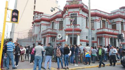 Los testimonios de los venezolanos que acuden a su embajada en Lima