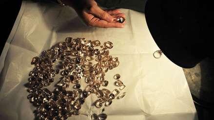 Cavaron un hoyo hasta el interior de una tienda y robaron casi 900 mil dólares en joyas