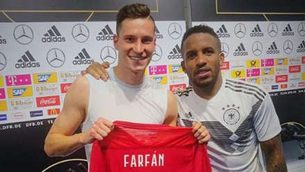 Jefferson Farfán intercambió camisetas con Julian Draxler