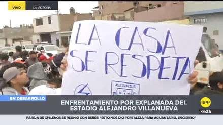 Más barristas de Alianza Lima llegaron al estadio 'Matute' para