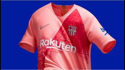 7fc03dc83fbe7 Barcelona se vistió de rosado en la presentación de su tercera ...