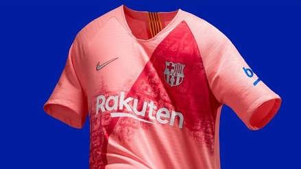Barcelona se vistió de rosado en la presentación de su tercera camiseta