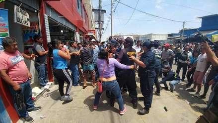 Municipio de Chiclayo no logra controlar a los ambulantes en mercado Modelo