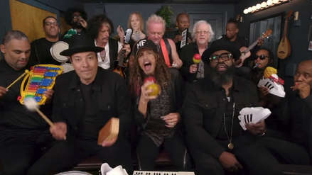 """Jimmy Fallon y Aerosmith tocaron """"Walk this Way"""" con instrumentos de juguete [VIDEO]"""