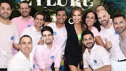 Fanáticos sorprenden a Thalía cantando su éxito