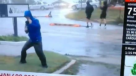 Periodista quedó al descubierto cuando exageraba la fuerza del huracán Florence