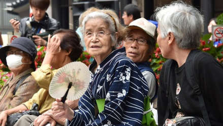 Japón superó su récord de centenarios con más de 69,000, de los cuales casi un 90% son mujeres