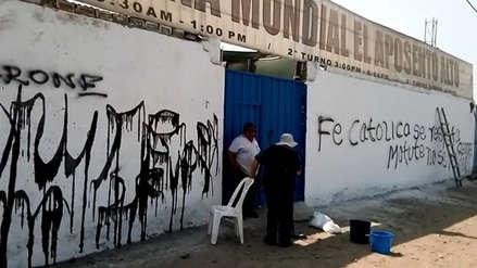 Hinchas de Alianza Lima hacen pintas en pared de iglesia cristiana