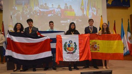Escolar peruana ganó medalla de oro en Olimpiada Iberoamericana de Biología 63af65f78e7c4