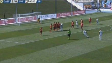 Vinicius Jr se lució con golazo de tiro libre en el Real Madrid Castilla