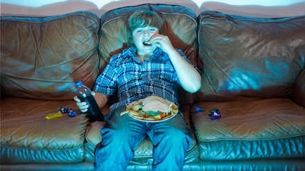 Consumo excesivo de alimentos procesados produce males crónicos en niños y adolescentes peruanos