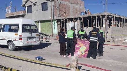 Cobrador muere al caer de combi en Arequipa
