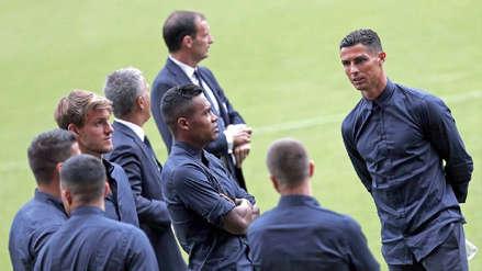 Grupo de encapuchados estalla petardos en hotel de Cristiano Ronaldo