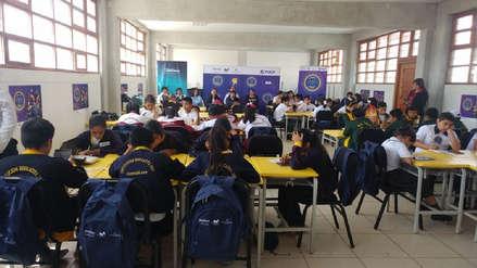 Alumnos participaron en concurso de matemática utilizando un aplicativo